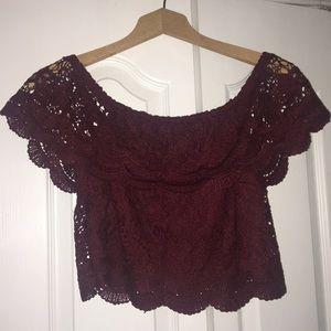 Burgundy Lace off the shoulder crop🍓